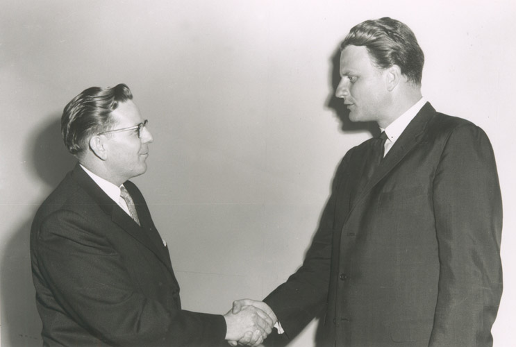 03 Dr Paul G Trulin and Billy Graham 1960